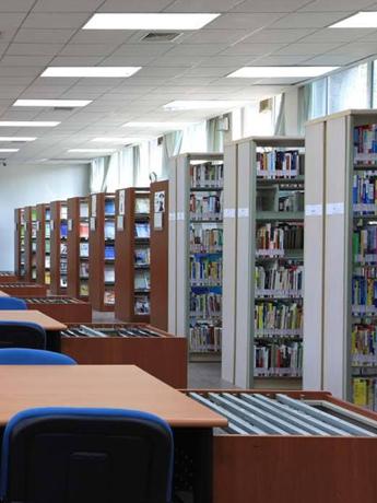 防眩光扩散板应用-图书馆