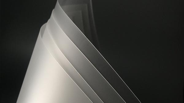 市场上不同材质扩散板优缺点比较